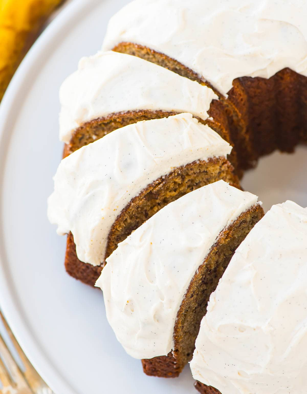banana bundt cake best banana bundt cake with vanilla cheese frosting 1474