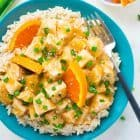Skinny Crockpot Orange Chicken – WAY BETTER than Panda Express! EASY, healthy recipe made with orange juice and honey. Your slow cooker does the work to make this simple, skinny meal! Recipe at wellplated.com | @wellplated