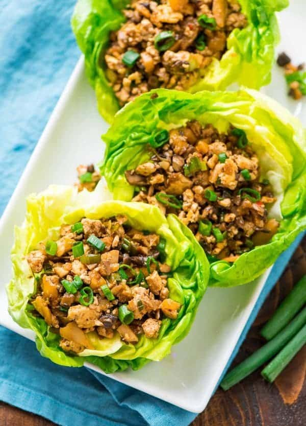 Easy vegetarian lettuce wraps recipe - Tastes EXACTLY like the famous PF Changs lettuce wraps! Recipe at wellplated.com | @wellplated
