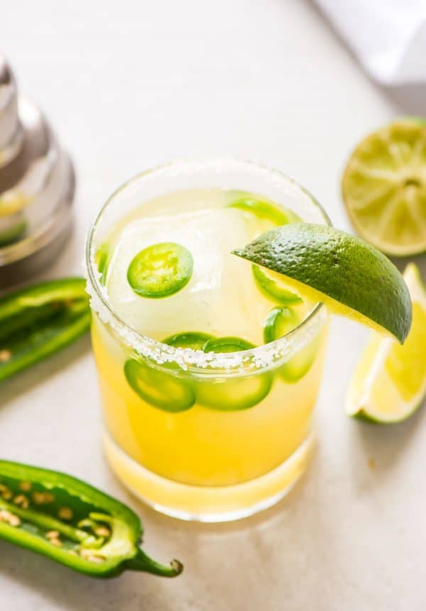 Skinny Spicy Jalapeno Margarita with fresh lime juice and agave. Make single serving or whip up a pitcher for a crowd! Recipe at wellplated.com | @wellplated