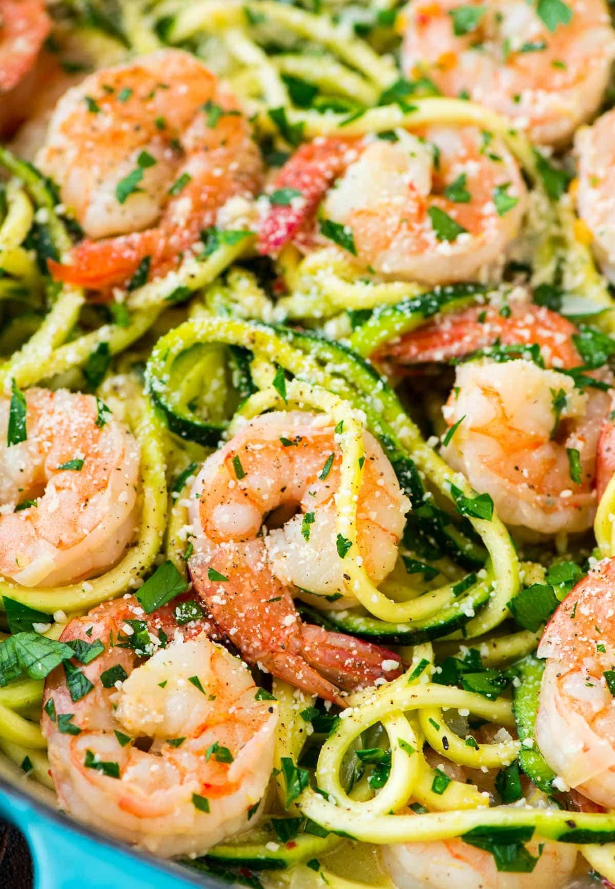 Skinny Shrimp Scampi with Zucchini Noodles. Easy, low carb version of the classic pasta dish that can be made without wine. Recipe at wellplated.com | @wellplated