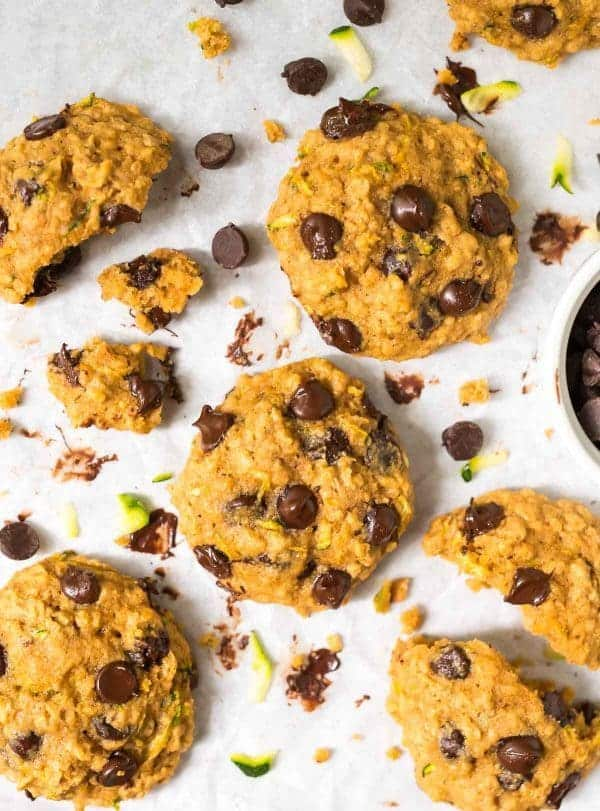 Oatmeal Chocolate Zucchini Cookies – easy, healthy recipe that can be made gluten free! Recipe at wellplated.com | @wellplated