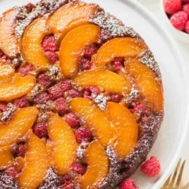Unbelievably moist, delicious Peach Upside Down Cake FROM SCRATCH. Easy, homemade recipe made with healthy ingredients and the most incredible caramel topping. You can use fresh or frozen peaches, or add raspberries or any other fruit you love. One of the BEST summer desserts! Recipe at wellplated.com | @wellplated
