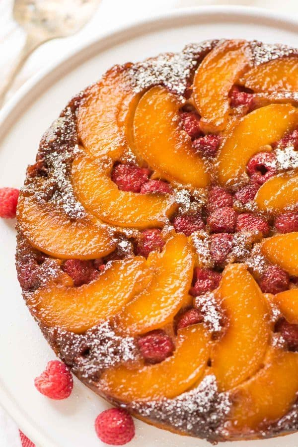 peach upside down cake cake with raspberries 6406