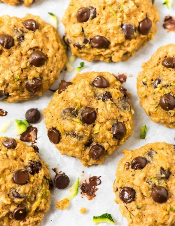 Zucchini Oatmeal Chocolate Chip Cookies. Soft, buttery, healthy cookies that are whole grain and naturally sweetened with honey and coconut sugar. The BEST baking recipe to use up summer zucchini! Easy and can be made gluten free or vegan. Recipe at wellplated.com   @wellplated