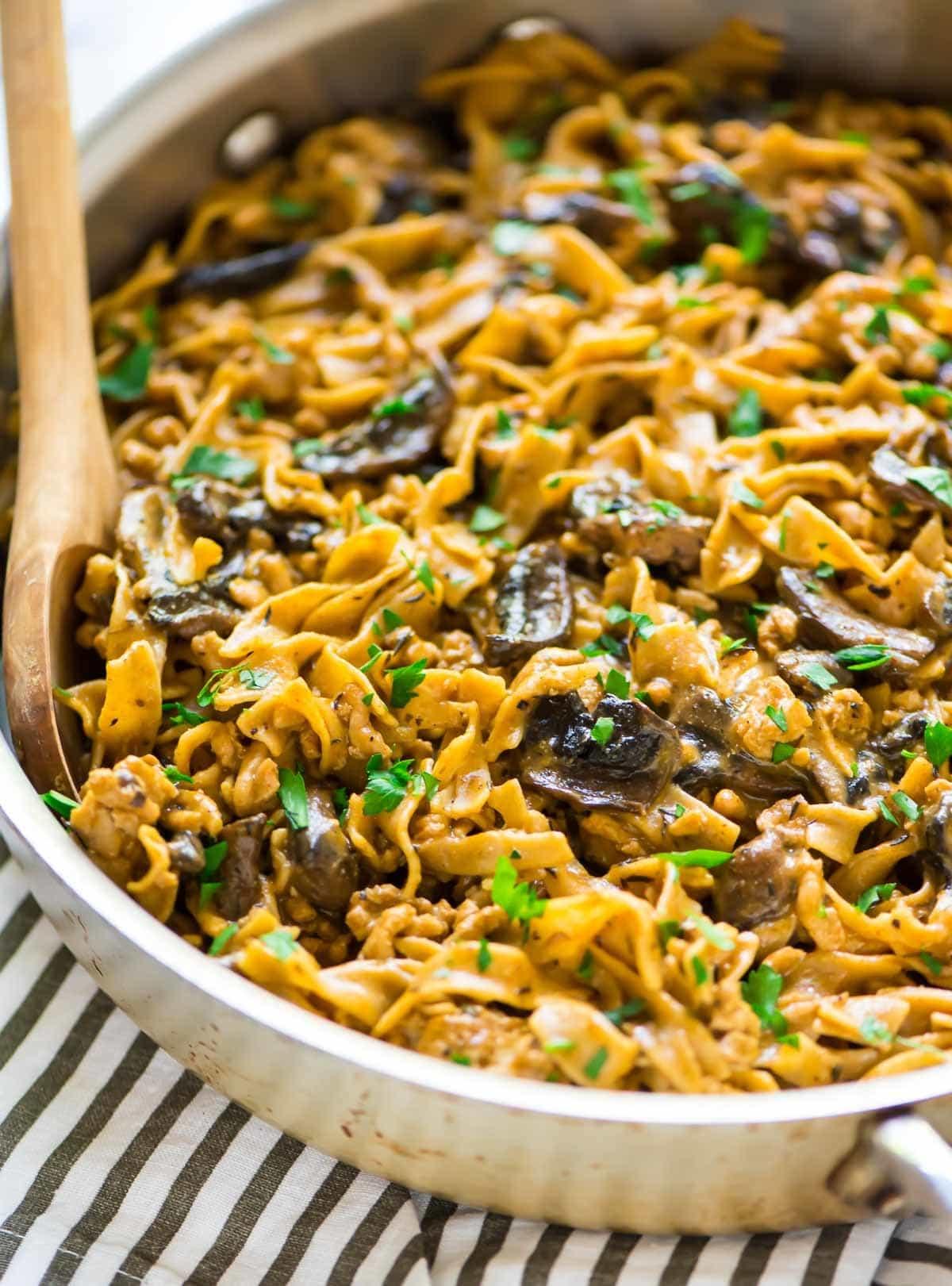 Easy chicken stroganoff with mushrooms