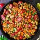 ONE PAN Chipotle Chicken with Sweet Potatoes, Chickpeas, and Tomatoes. Easy, healthy recipe that's perfect for busy weeknights! Great leftover so you can use it for meal prep too. Recipe at wellplated.com | @wellplated