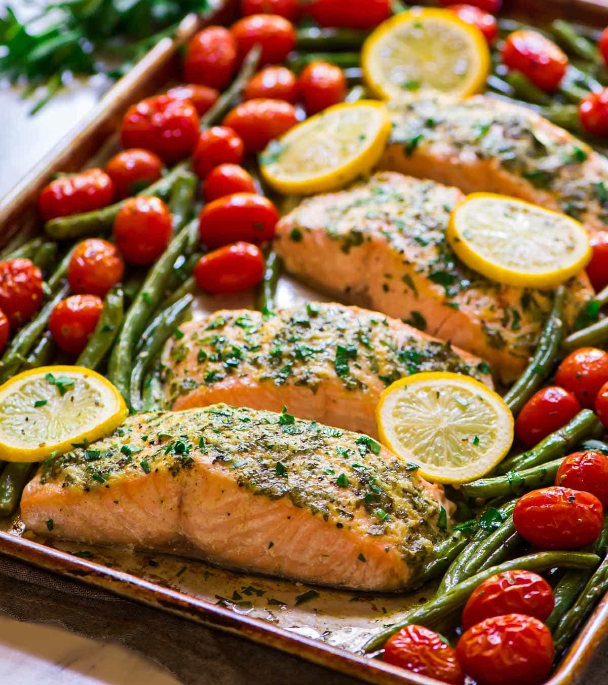 Easy 30-Minute Garlic Salmon with Lemon Butter and Veggies.