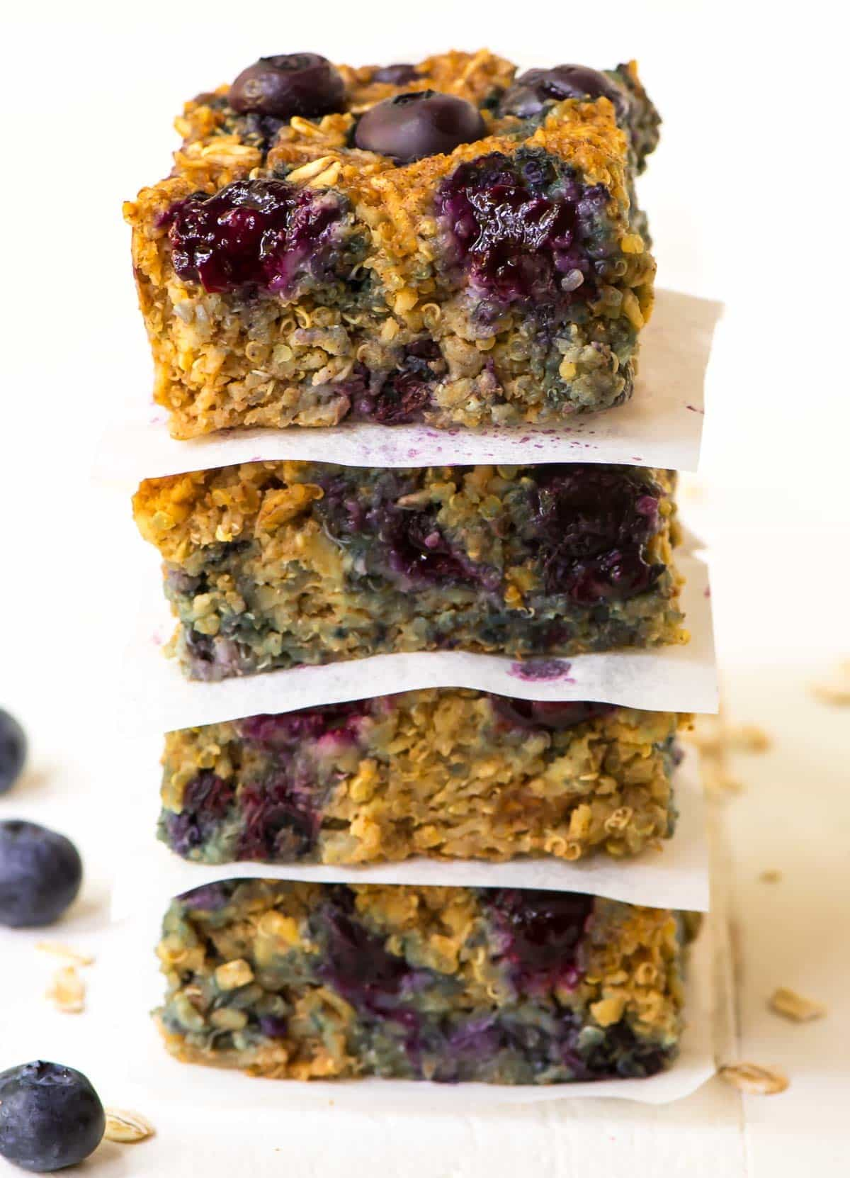 Quinoa Breakfast Bars With Blueberries
