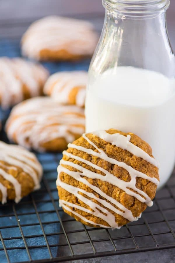 Healthy Pumpkin Oatmeal Cookies with Maple Glaze. Ultra soft, chewy, and filled with warm spices. Recipe at wellplated.com
