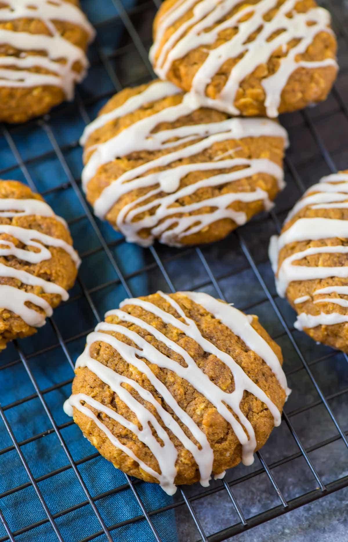 Watch Pumpkin Oatmeal Cookies video