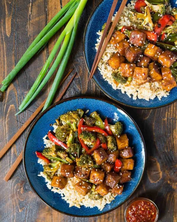 General Tso's Tofu Stir Fry. Easy, healthy recipe!