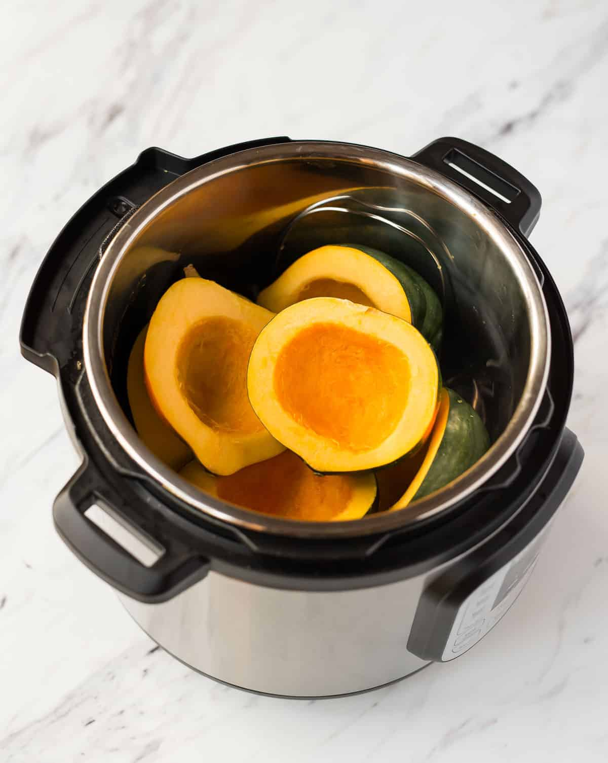 Cooking acorn squash in an Instant Pot