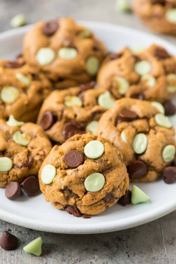 Chewy Mint Chocolate Chip Cookies made with Nestle Toll House Chips. THE BEST RECIPE. Easy, healthy, and perfect for Christmas gifts!