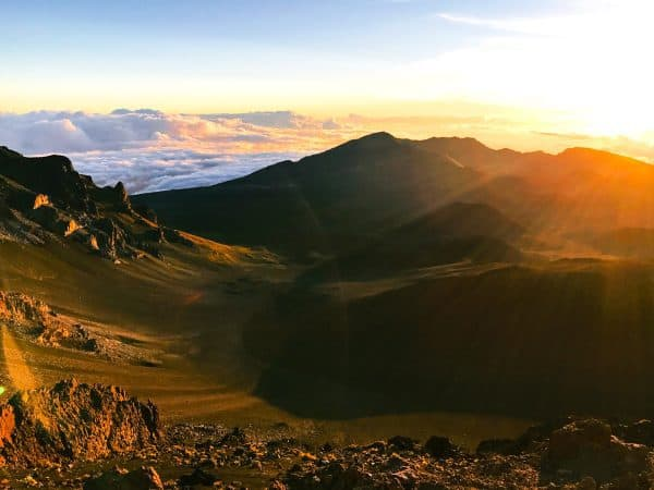 The BEST Four Days in Maui. Everything you need to know about the best Maui beaches, restaurants, and activities! Pictured: Sunrise at Haleakala Crater