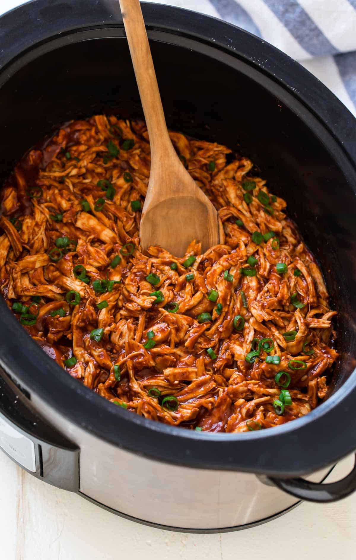 Jul 06,  · A simple recipe that shows you how to make BBQ pulled chicken (also known as Crock Pot BBQ Chicken!) at home in your slow cooker! This is a quick, easy, and so flavorful recipe that's perfect for any party, potluck, or picnic!5/5(2).