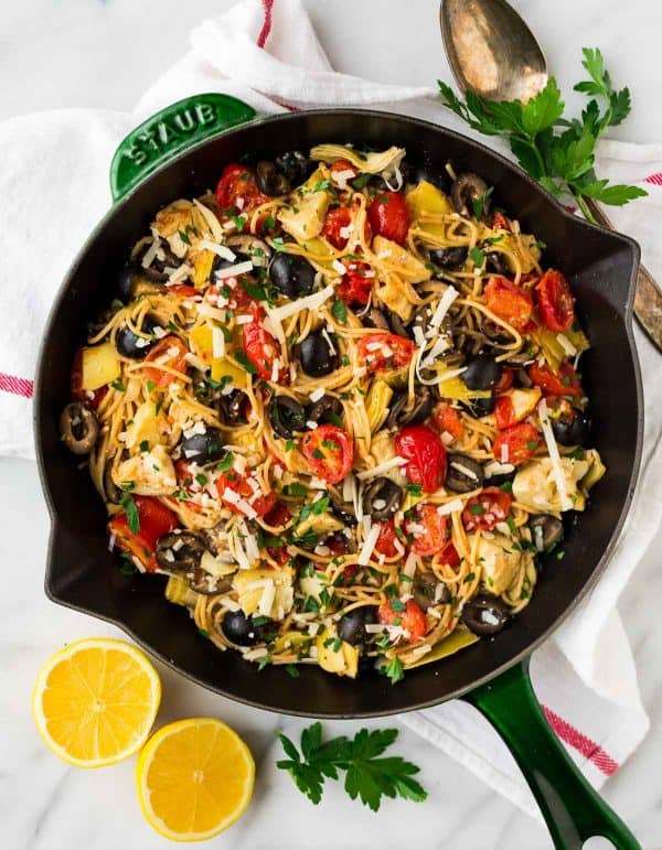 Mediterranean Pasta is a one-pan meal that the whole family will love. Full of flavor and vegetarian too!