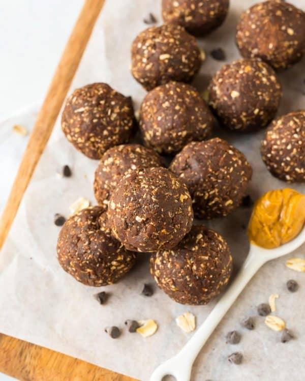 The best vegan Chocolate Peanut Butter Energy Balls