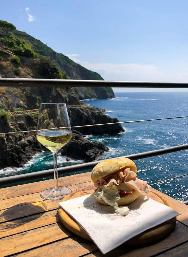 Where to eat in Cinque Terre Italy - List of the Best Restaurants
