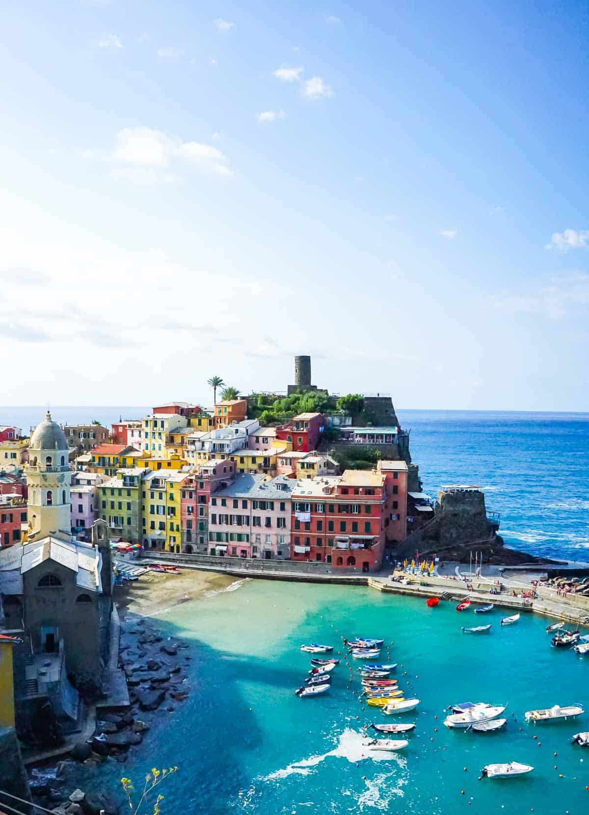 Ultimate Cinque Terre Trip Itinerary! Best Cinque Terre restaurants, hikes, and Cinque Terre town overview. Everything you need to know to plan the perfect trip to Cinque Terre Italy. #wellplated #cinqueterre #italy #travel