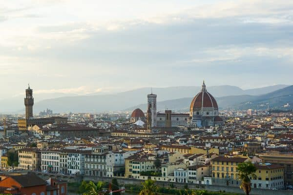 Best things to do in Florence. Sunset over the Piazzale Michelangelo