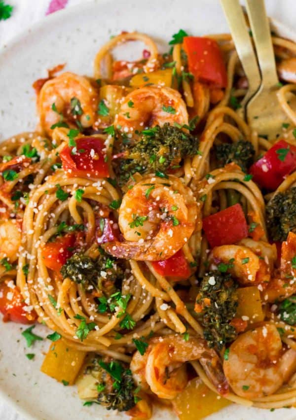 Spicy Shrimp Pasta. Easy, healthy, and packed with veggies!