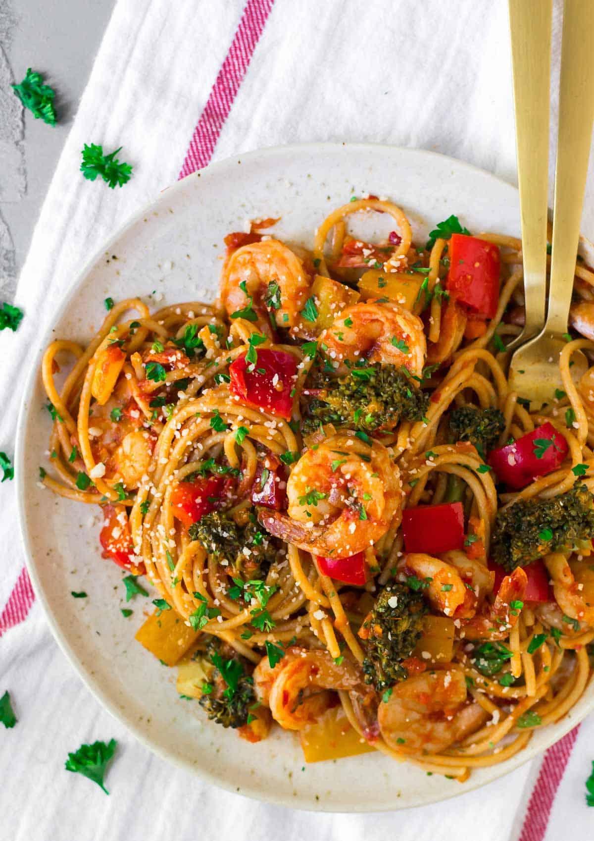 Stuffed Spicy Italian Spaghetti Squash Boats  |Spicy Italian Spaghetti