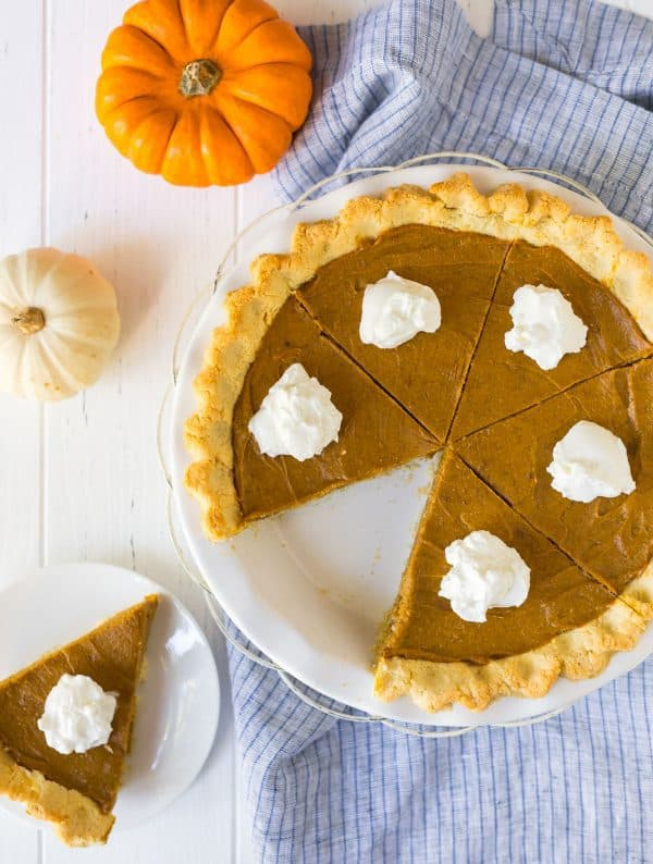 Vegan Pumpkin Pie. Made with a delicious almond flour crust and no-bake pumpkin pie filling!