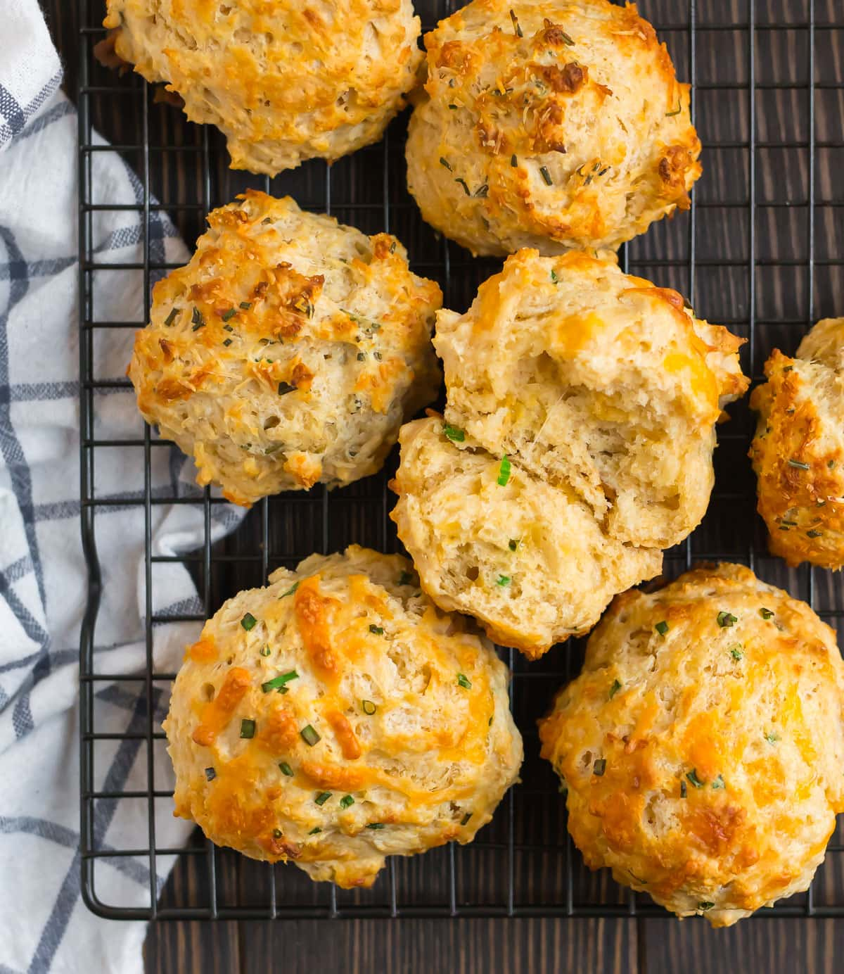 Fluffy cheddar drop biscuits on a wire rack