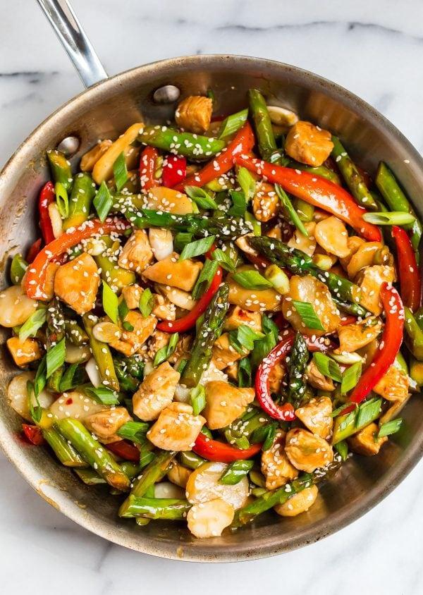 Healthy and easy Teriyaki Chicken Stir Fry with homemade sauce