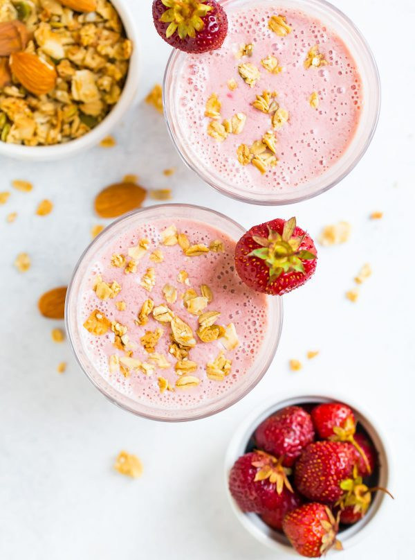 Low-calorie and healthy Strawberry Smoothie made without banana and served in a glass