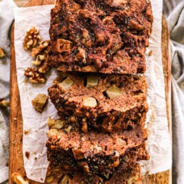 Moist and healthy apple bread with fresh apples and walnuts