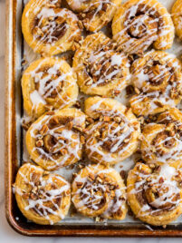 These easy Puff Pastry Cinnamon Rolls use puff pastry instead of regular yeast dough for quick, easy cinnamon rolls that taste absolutely delicious!
