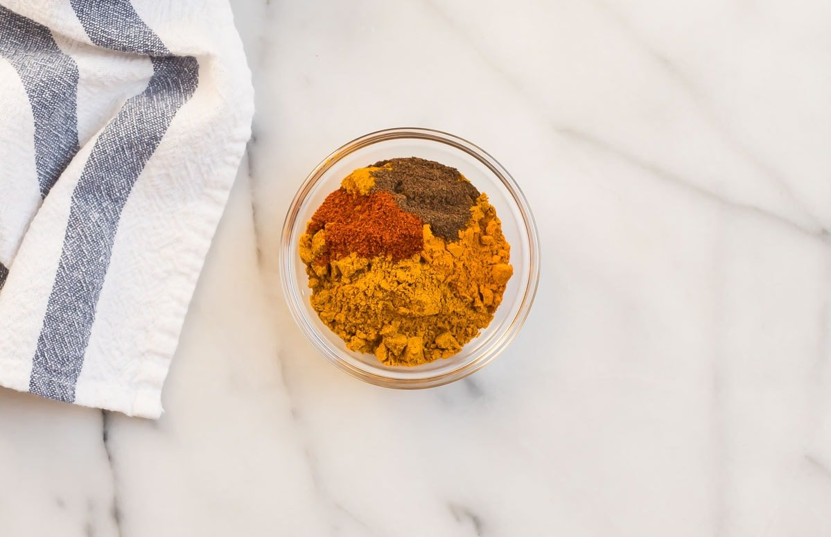 Jamaican curry spices in a bowl