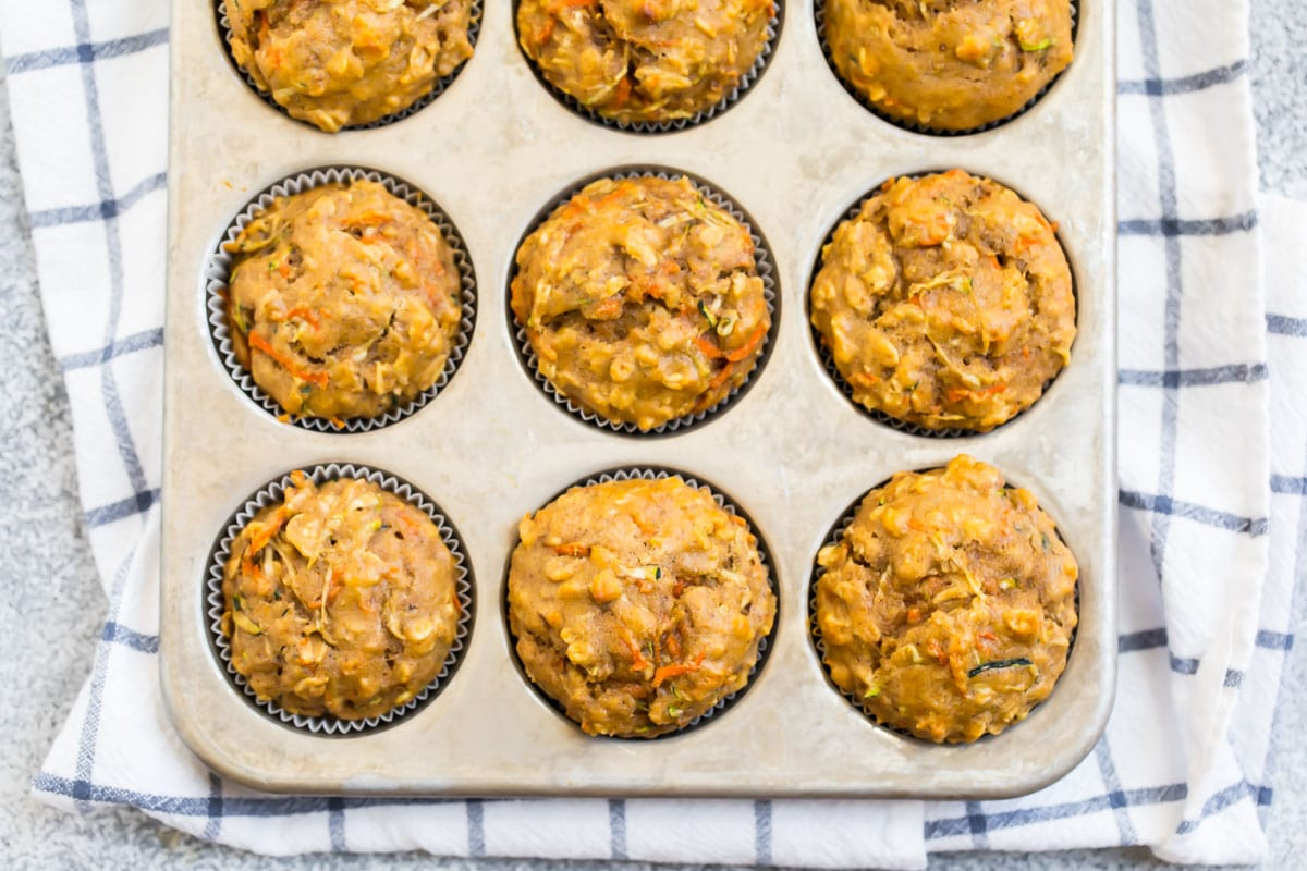 Easy zucchini muffins with carrots