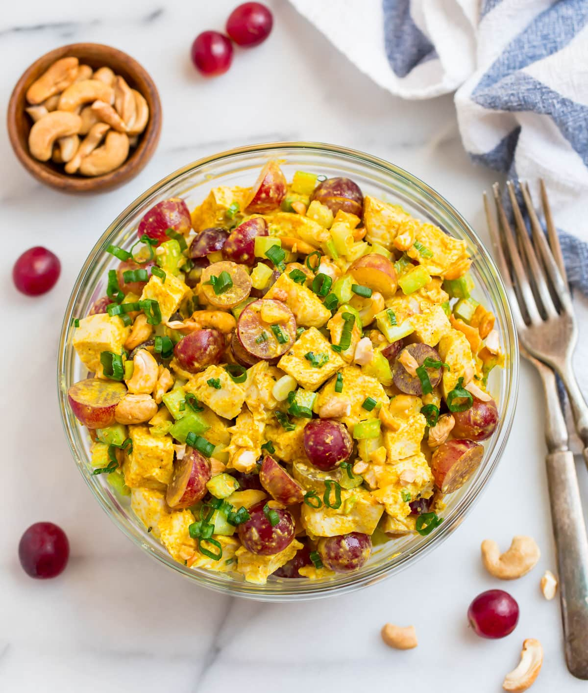 Curry chicken salad with cashews and grapes