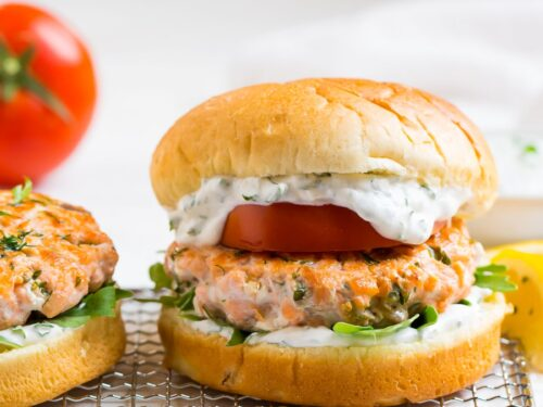 Salmon Burgers How To Cook Perfect Salmon Burgers Wellplated Com
