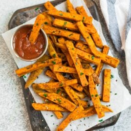 Easy and crispy sweet potato fries