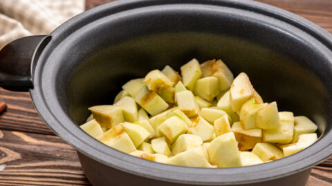 Cut apples in a slow cooker