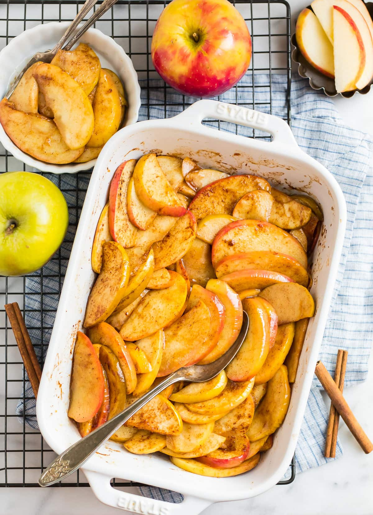 Healthy baked apples in a baking dish