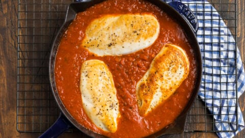 Chicken breasts in red sauce