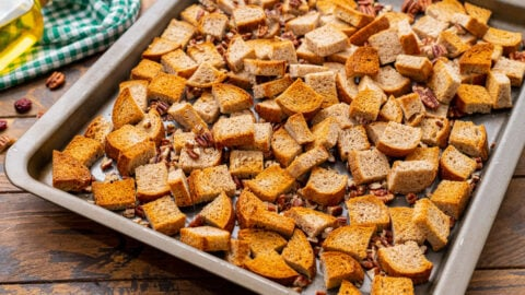 Toasted bread cubes and pecans