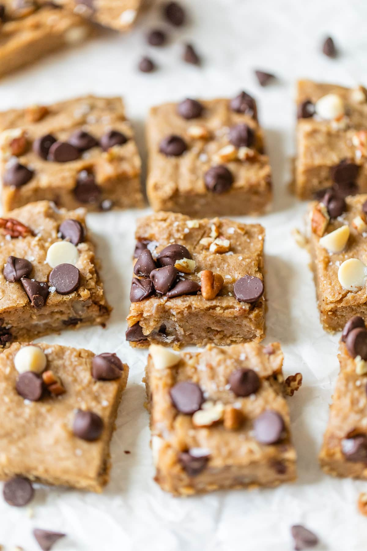 Chickpea blondies with pecans