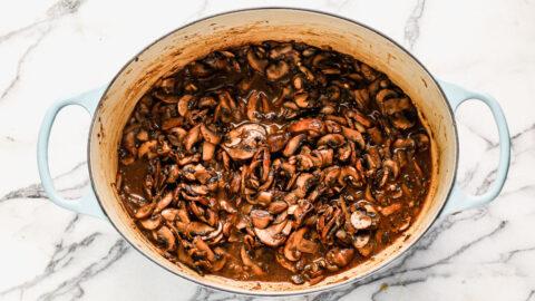 Sauce for vegan mushroom stroganoff