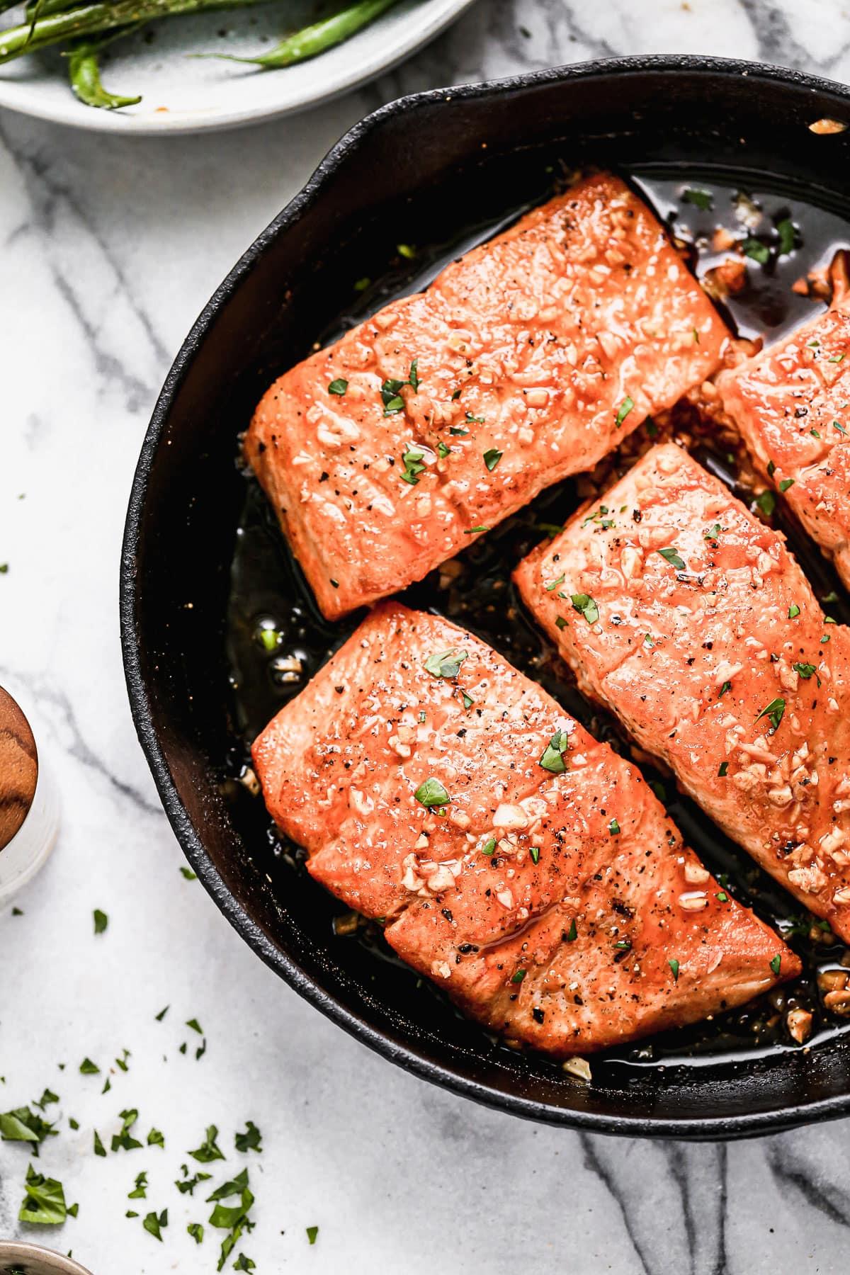 Four fillets of easy honey garlic salmon