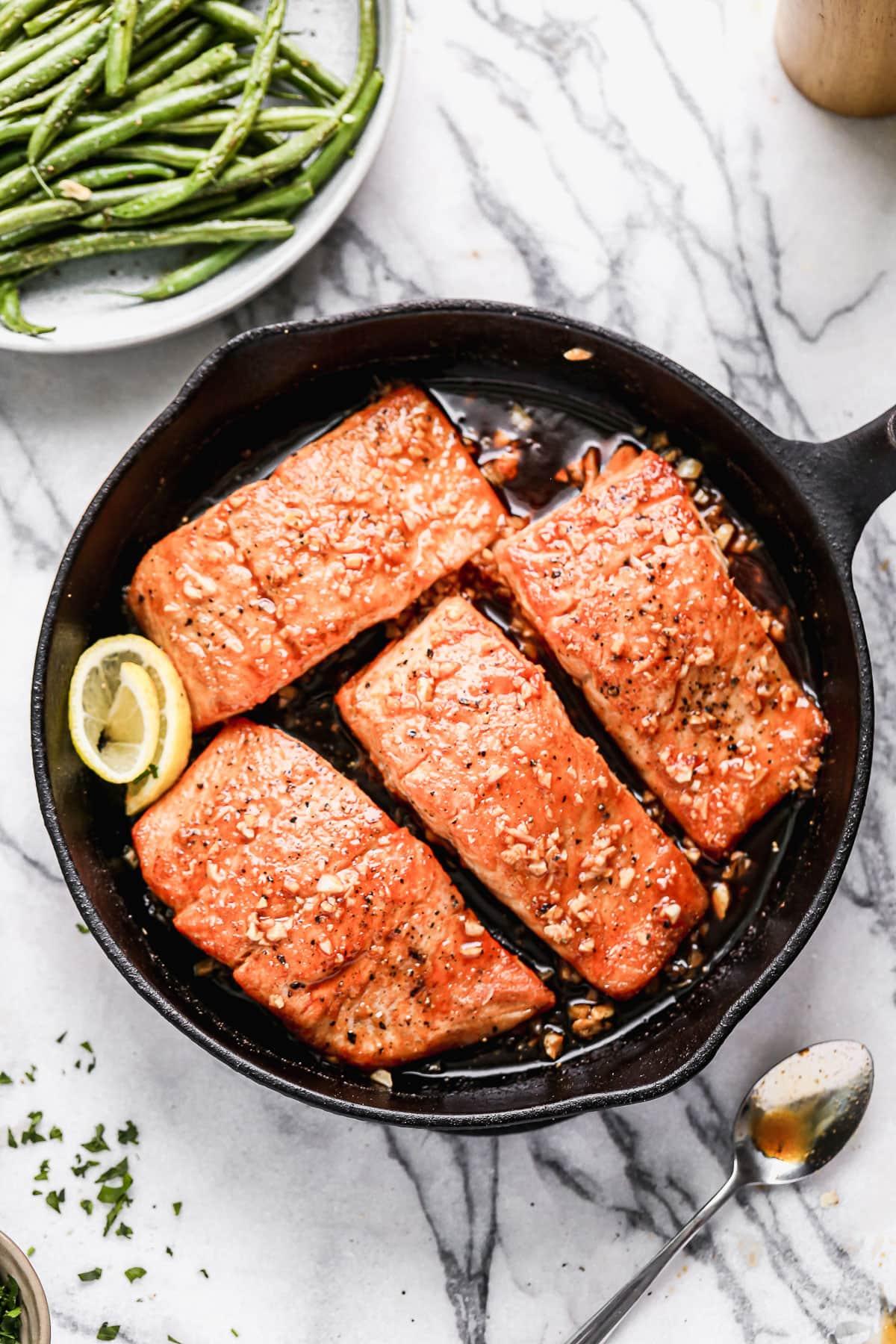 Honey garlic salmon fillets with lemon