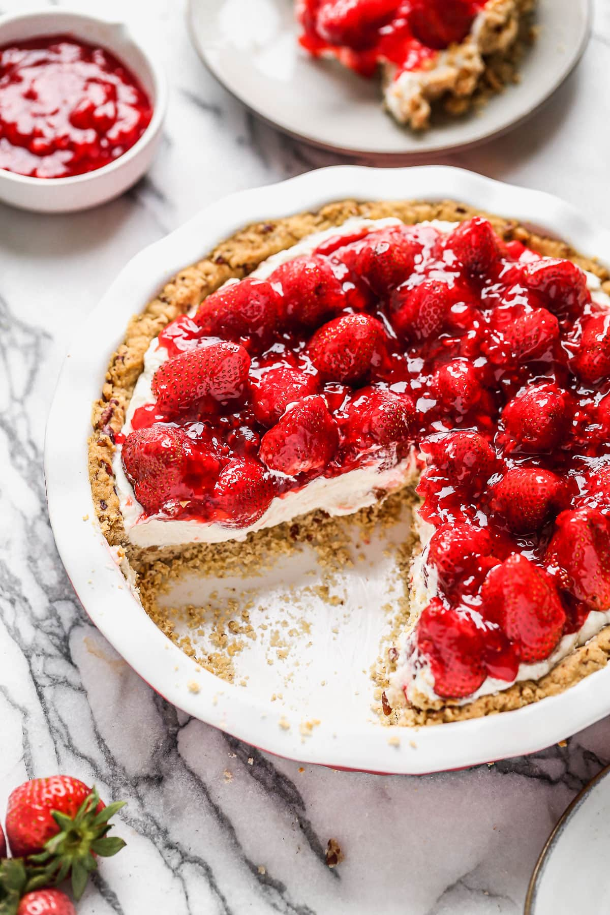 The best strawberry cream cheese pie