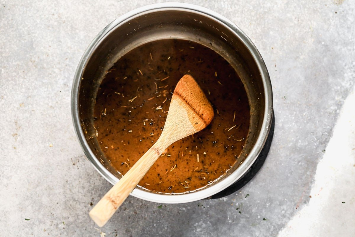 Seasoned liquid in a pressure cooker