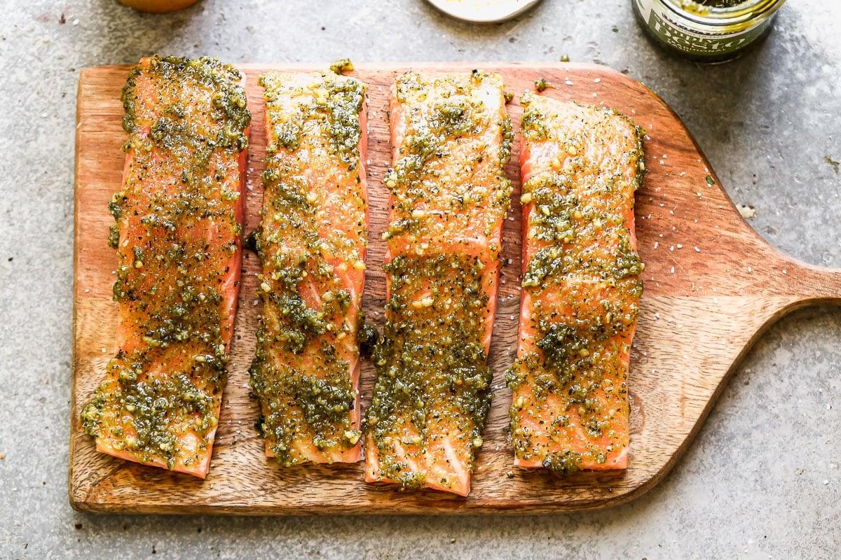 Albahaca para untar en filetes de pescado