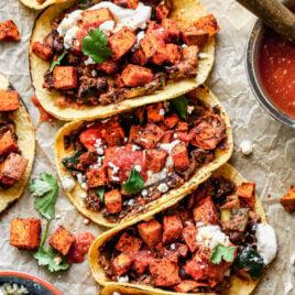 Healthy vegetarian tacos
